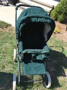 Give your Baby a LUXURY Ride with this Classic Stroller Kingston Kingston Area image 1