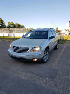 MUST SELL 2005 Chrysler Pacifica Touring AWD