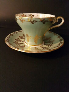 Tea Cup & Saucer - Aynsley England Bone China # 27
