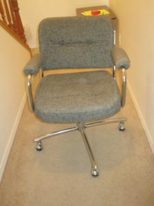 Office desk chair - grey cloth