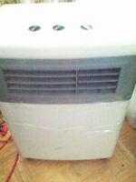 windchser portable ac PAC 8 in very good working condition AC i