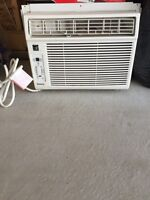 Window/Wall Air conditioner
