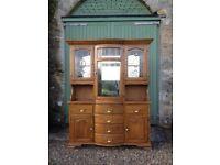 Attractive Oak Dresser / Sideboard. Delivery possible.