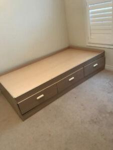 Twin Storage Bed with three Drawers, headboard