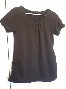 Casual and Modern Maternity Shirts