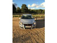 VW GOLF 1.6 NEED GONE ASAP 850!!!!