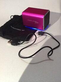 Pink Music Angel friendz portable stereo/amplifier