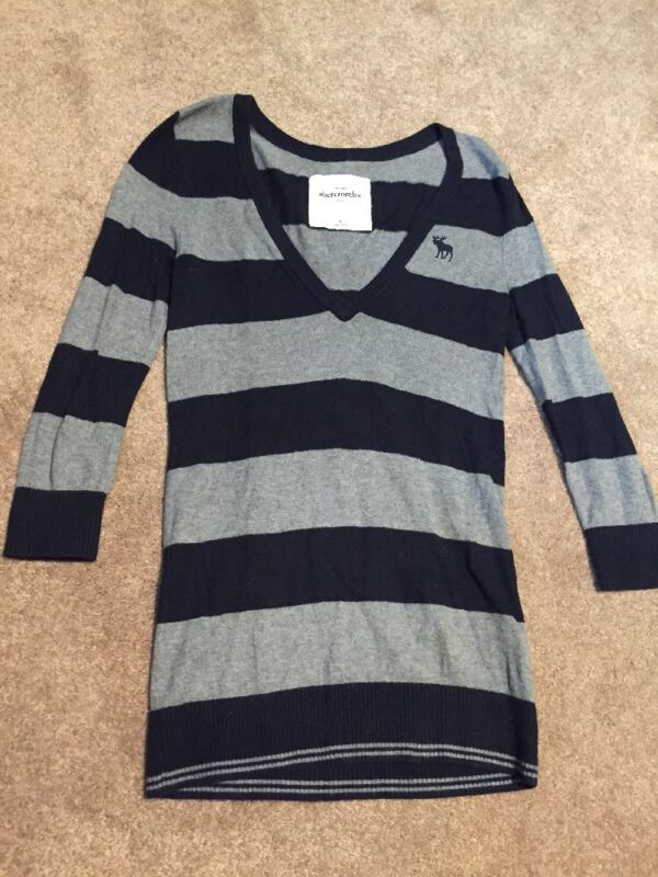 Girls Abercrombie Navy Blue Gray Striped V Neck Tunic Sweater Size XL