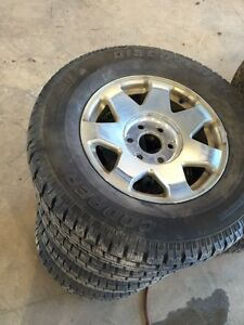 265/70R17 cooper discover M+S winter tires with wheels