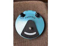 Fuzzface Dunlop guitar pedal