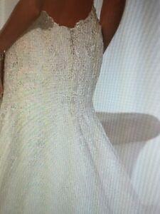 Stunning Backless Wedding Dress St. John's Newfoundland image 2