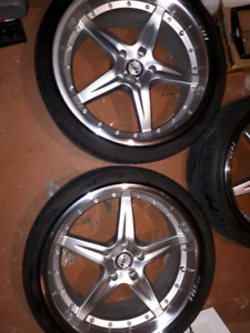 """19"""" staggered wheels and high performance tires"""