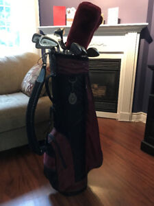Ladies right hand golf clubs and bag for sale