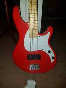 GOVNOR BASS GUITAR RED
