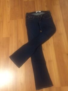 Hollister size 3L boot cut jeans - like new!! Peterborough Peterborough Area image 1