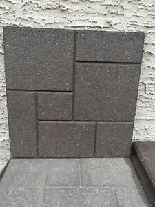 "18""x18"" RUBBER PATIO BLOCKS"