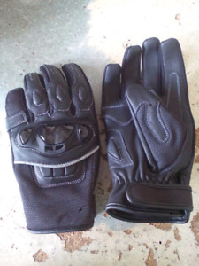 Motorcycle Riding Gloves w/ protection Black Leather
