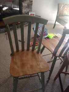 Kitchen table and chairs Kawartha Lakes Peterborough Area image 3