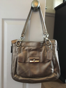 Coach purse - New