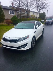 "2012 Kia Optima SX 2L Turbo Charged Sedan ""Priced to Sell"""