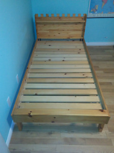 Single bed, pine, homemade
