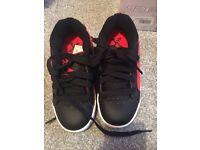 Sidewalk Heelys trainers size 11.