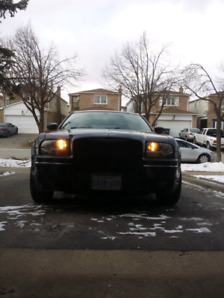 Chrysler 300 low kms. 96000