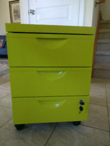 Barely used filing cabinet
