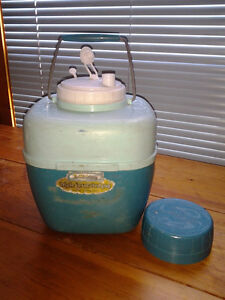 2 Retro thermos style coolers