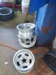 "14"" ALLOY SLOT WHEELS London Ontario image 1"