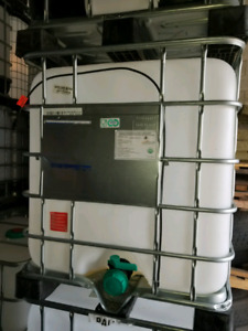 IBC TOTE WITH HEATER/WATER TANK