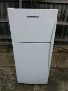 300L Fisher and Paykel fridge freezer