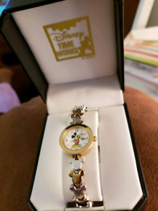 Ladies Mickey Mouse gold watch