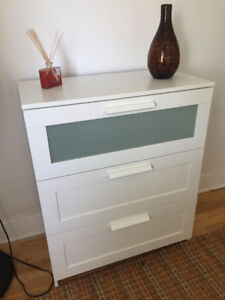 3-DRAWER CHEST - almost new!