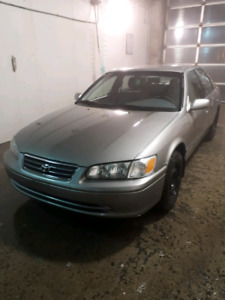 2000 Toyota Camry with new winter tires