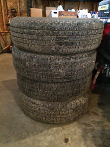 4 tires: DynaPro AT 235/75R 17