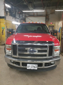 Ford F250 Gas 2010- excellent shape