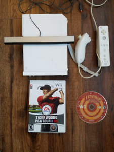 Wii with controller, 5 games, all hookups