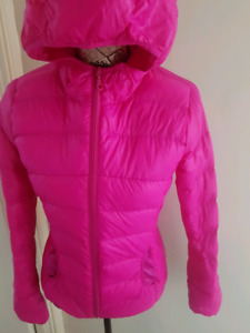 Xs active wear light weight jacket