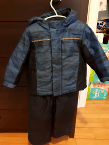 2T boys snow suit