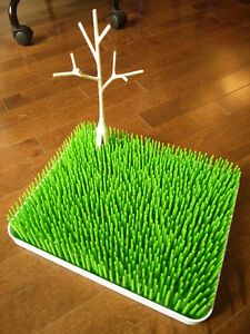 Boon Grass+twig and OXO TOT bottle drying rack