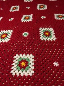 Crochet afghan Christmas red white green squares poinsettia  London Ontario image 6