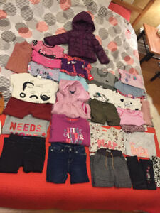Lot girl 2-3 T incl winter jacket and shoes / fille 2-3 ans