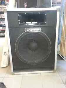 Traynor DJ Speaker Pair. We sell used Audio Gear.  Get a Deal!
