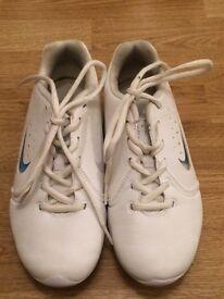 Cheerleading trainers - white Nike non marking - size 3.5