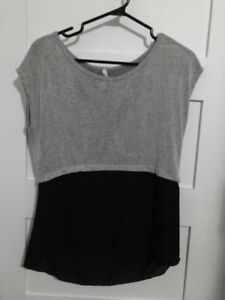 RIPE Colour Block Top Size Small