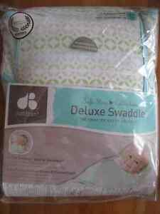 Deluxe Swaddle (Just Born Safe Sleep Collection)