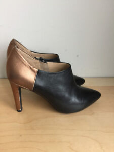 GEOX Leather ankle booties - size 36 / 6
