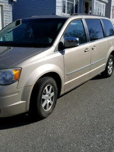 2009 Chrysler Van