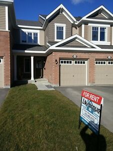 Open Concept Living/Dining 3 Bedroom Townhome Ottawa West Kanata